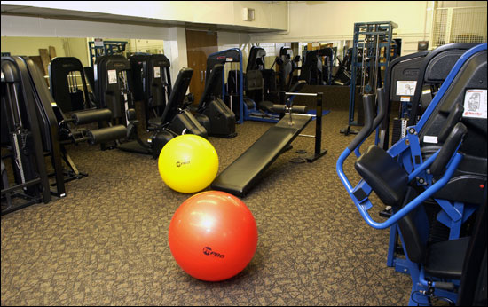 Nautilus Exercise Room: 16 stations
