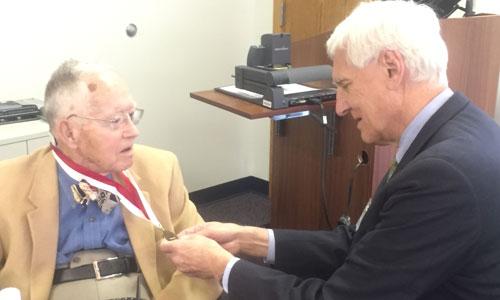 Spencer Wallace, 91, donates historical items to Joslin Diabetes Center