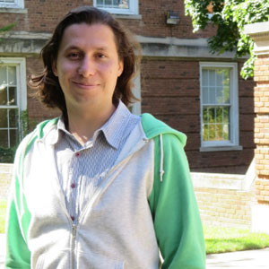Upstate graduate student receives four-year fellowship for his research on viral diseases