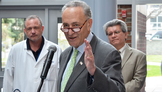 Sen. Schumer urges more funding for Zika virus research