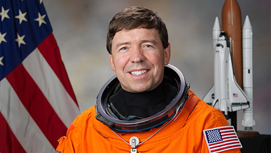 Physician and astronaut Michael Barratt to receive honorary degree at Upstate Commencement May 21