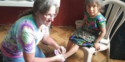 Nurse Susan Thomas spends her own money to volunteer at medical clinic in Guatemala