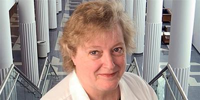 Patricia J. Numann, MD, FACS, receives American College of Surgeons Lifetime Achievement Award
