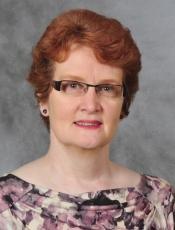 Lynn M Hickox, CNM