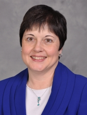 Louise M Pernisi, RN, MS, CNS, CCM, CDMS