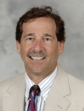 Robert W Weisenthal, MD