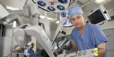 Why your doctor may recommend the da Vinci surgical robot
