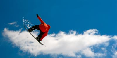 Snowboarding puts wrists, spleen at risk