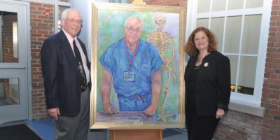 Portrait pays tribute to beloved anatomy professor