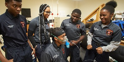 Becoming EMTs: Upstate partners with city school district to train students  in emergency medical career