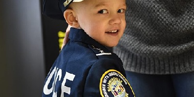 Officer Rosie: Preschooler undergoes treatment for rare cancer